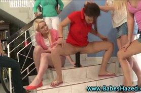 У девушек сегодня обновка - новый страпон