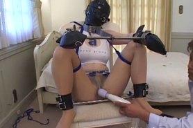 Бдсм пытки девушек в кандалах