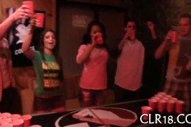 Студенческие вечеринки пьяные девки