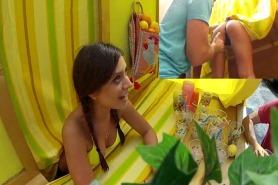 Jynx Maze продает лимонад а ее трахают