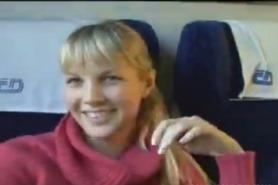 Секс с попутчицей в поезде за деньги